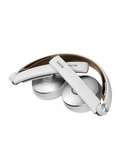 Sony MDR-S70AP/WQ Stereo Headphone | White/Brown |