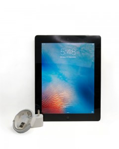 Apple iPad Tablet (Refurbished) WITH BILL AND MANUFACTURER WARRANTY